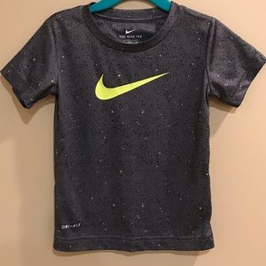 Boys Nike Dri fit Grey Shirt NWT Sz 3t
